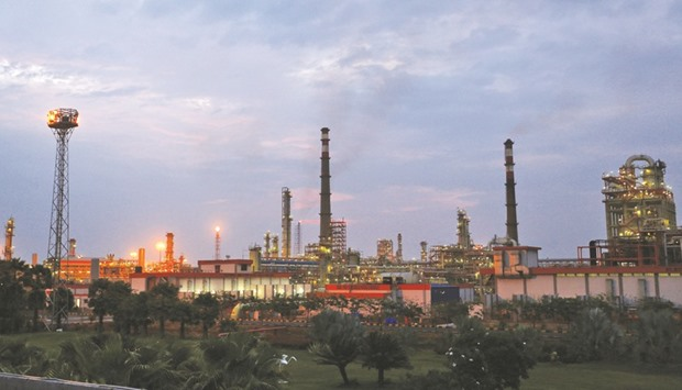 Trafigura bolsters Rosneft ties with India firm buyout
