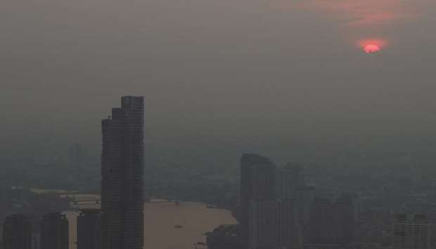 Thai capital fires water cannon into the air to fight pollution
