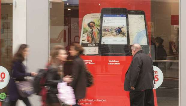 Vodafone steps up fight for Liberty deal with German access