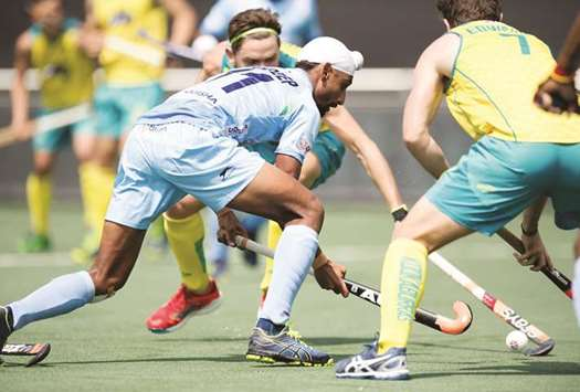India go down fighting 2-3 to champions Australia