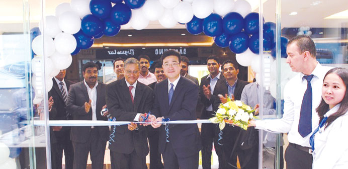 Samsung Electronics opens showrooms
