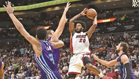 Heat blow 19-point lead, fall 97-91 to Charlotte Hornets