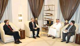 Defence Minister meets US special envoy