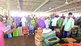 Customers throng vegetable & fruits market ahead of Eid