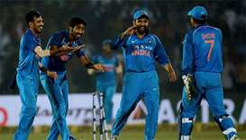 India pip New Zealand in thriller to clinch series