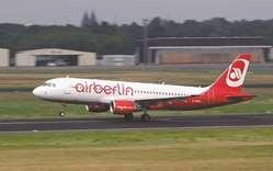 Air Berlin bids final farewell as carve-up talks continue