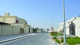 Rawdat al-Hamama residents briefed on infrastructure works