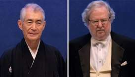 Tasuku Honjo (L) of Japan and James P Allison (R) of the US
