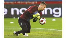 Burnley's Dyche understands why Heaton is looking towards exit