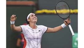 Ons Jabeur of Tunisia celebrates her victory against Anett Kontaveit of Estonia in Indian Wells Mast