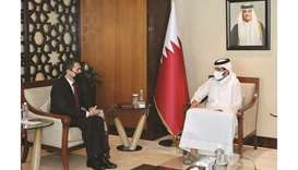 During the meeting, the officials reviewed the bilateral relations between the two countries and dis