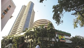 Sensex extends losses