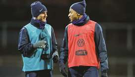 Prove yourselves, Loew tells German stars for French test