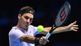 No let-up from Federer as he stays perfect in London