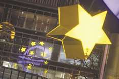 ECB split over keeping bond buys open-ended, show meeting minutes