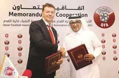 Qatar joins hands with Czech Republic to develop football