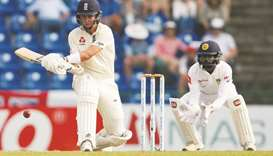 Curran, Buttler save England from Sri Lanka spin attack