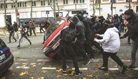 Clashes on anniversary of 'yellow vest' agitation
