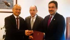 Qatar, India hold talks on air transport
