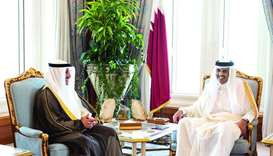 Amir gets Kuwaiti leader's message