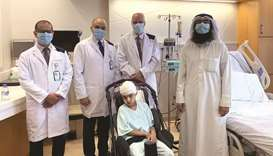 Dr Khalid al-Kharazi, Dr Husam Kayyali, Dr Ian Pople with Salem and his father, Dr Abdulrahman Abdul