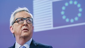 Juncker: planned to visit Italy at the end of February to 'resolve this thing with the Italians'.
