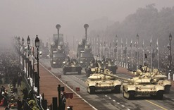 India celebrates R-Day with majestic parade