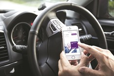 Uber signs deal with Dubai regulator after pricing rows