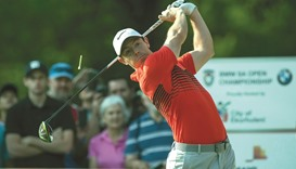 McIlroy trails leader Storm by 3 strokes in South African Open