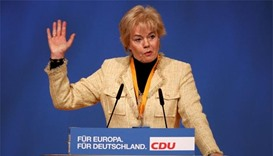 Fierce Merkel critic resigns from conservative party