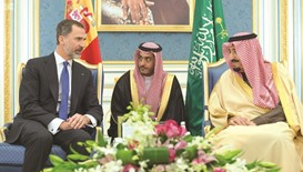 Spain's Felipe meets Saudi king as warship sale mooted