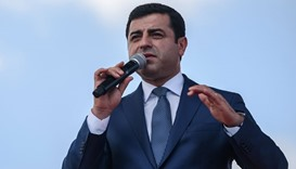 Selahattin Demirtas delivering a speech in Istanbul