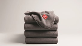 Emirates introduces sustainable blankets in Economy Class