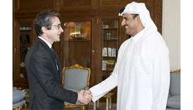 Emir meets CEO of French Thales Group