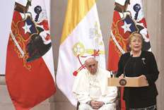Pope apologises for Chile abuse scandals