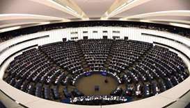 EU lawmakers back more ambitious renewables, energy saving goals