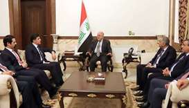 Haider al-Abadi (C) meeting with Nechirvan Barzani (2nd from L)