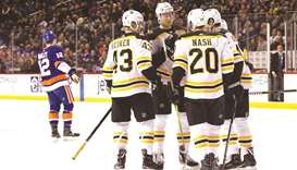 Bruins stay red-hot with 5-1 rout of New York Islanders