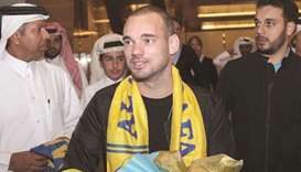 Sneijder in Doha to join Gharafa
