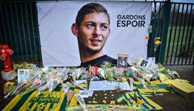 Family launch private search for missing footballer Sala
