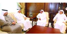 Minister meets Kuwaiti official