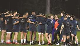 Chat's injury leaves French front row under cosh