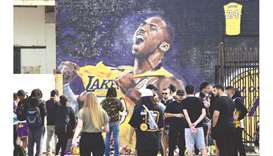 NBA Players, fans pay tribute to their idol Kobe