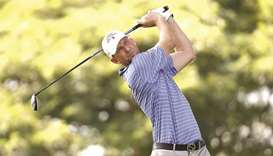 Canada's Taylor grabs PGA Hawaii lead with sizzling 62