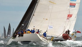 Wild Oats XI out of Sydney to Hobart as squall hits
