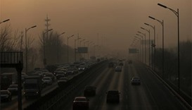 China chokes under heavy smog with worse ahead