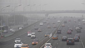 Smog engulfs north China for fourth day; flights diverted
