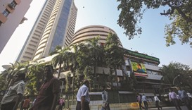 Sensex sheds 190 points; rupee weakens to 64.05