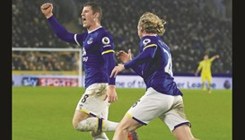 Late Barkley goal earns Everton a point at Hull