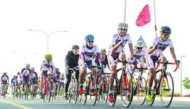 Qatar sporting heroes unite to relay flag across nation